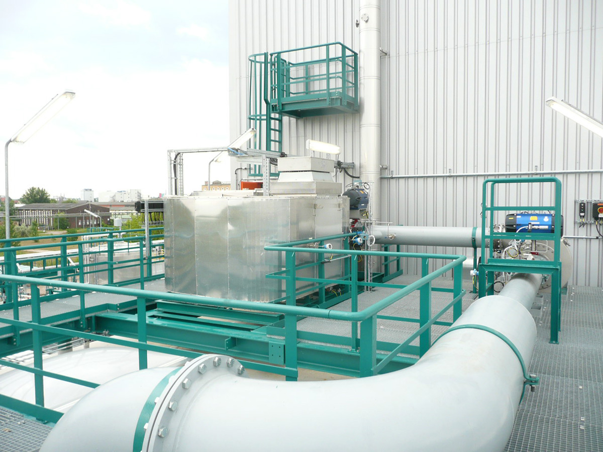 Catalytic oxidizer for chemical industry